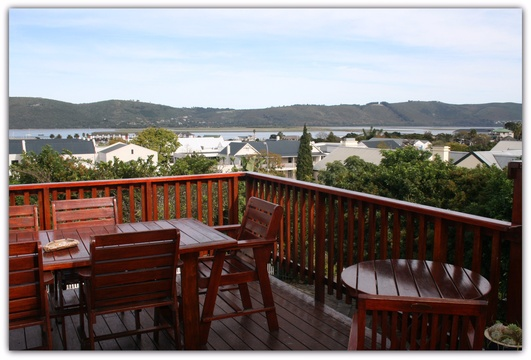 KNYSNA ACCOMMODATION: LARGE GUESTHOUSE / BED AND BREAKFAST, B&B KNYSNA, GARDEN ROUTE, SOUTH AFRICA