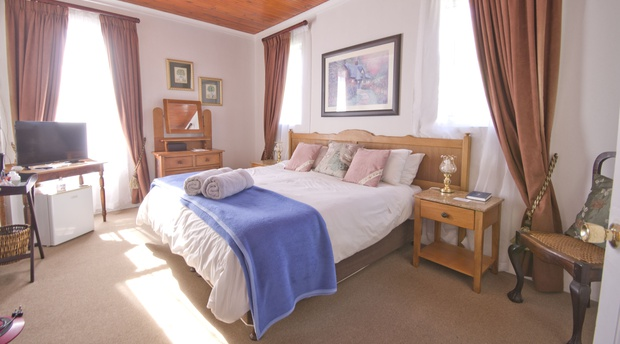 Room D - Double - Knysna Guesthouse Accommodation