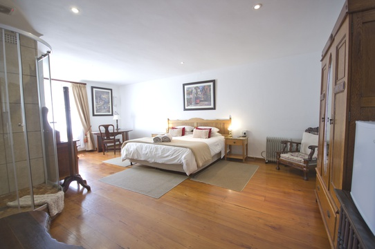 Room 3 - Double - Knysna Guesthouse Accommodation