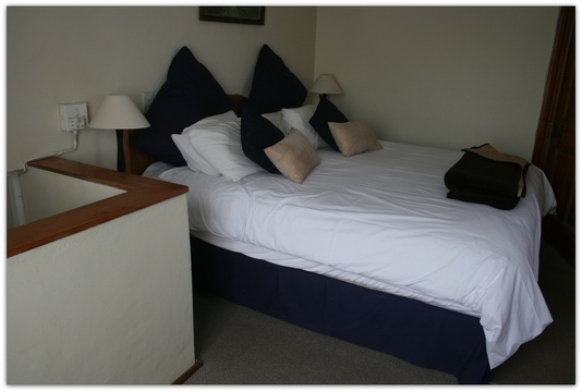 Room 4 knysna guest house accommodatino